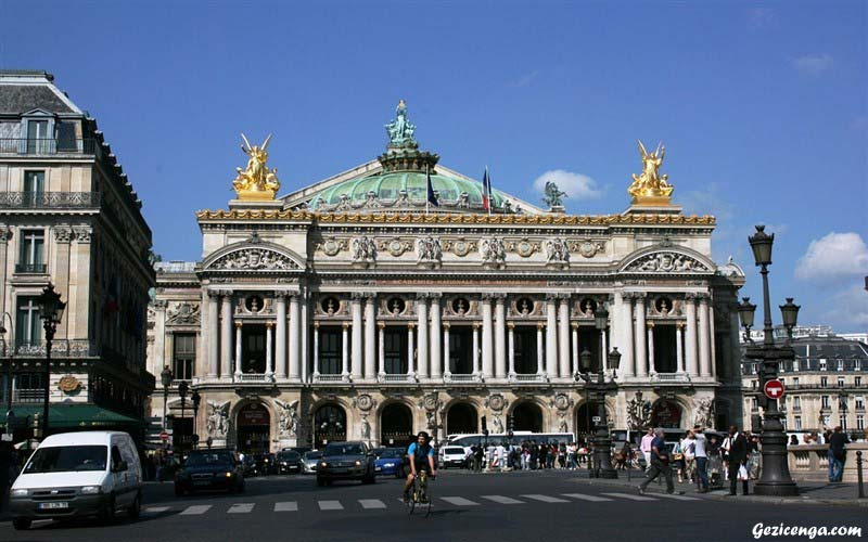 Paris Opera Binası