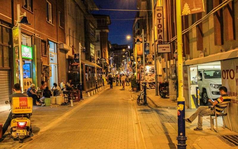 Eskişehir Gece Hayatı - Barlar Sokağı