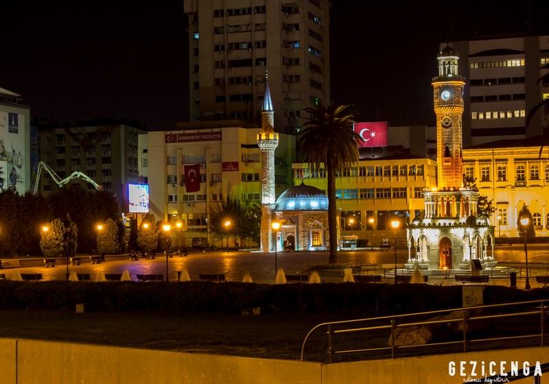 Konak Meydanı Akşam