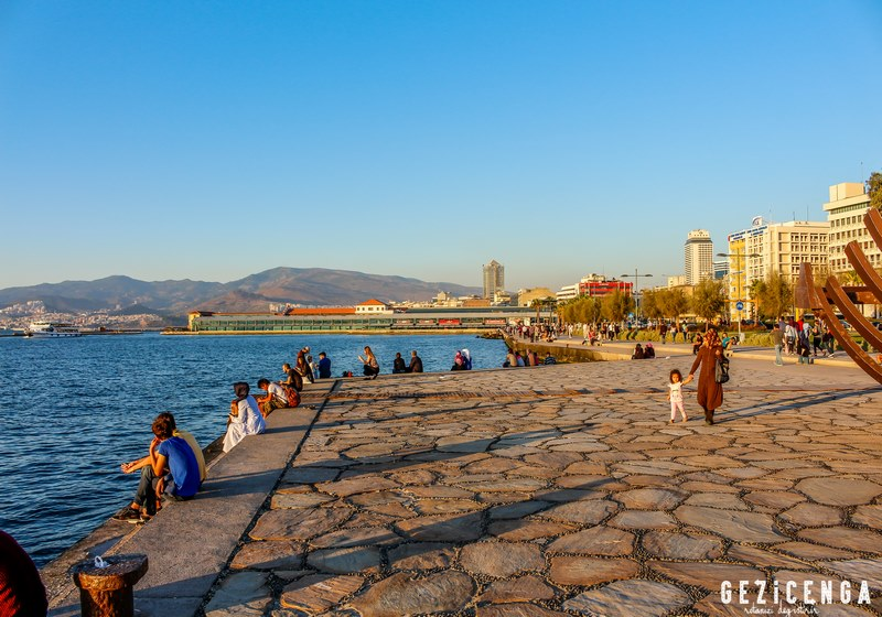 İzmir'in Tarihi Meydanları