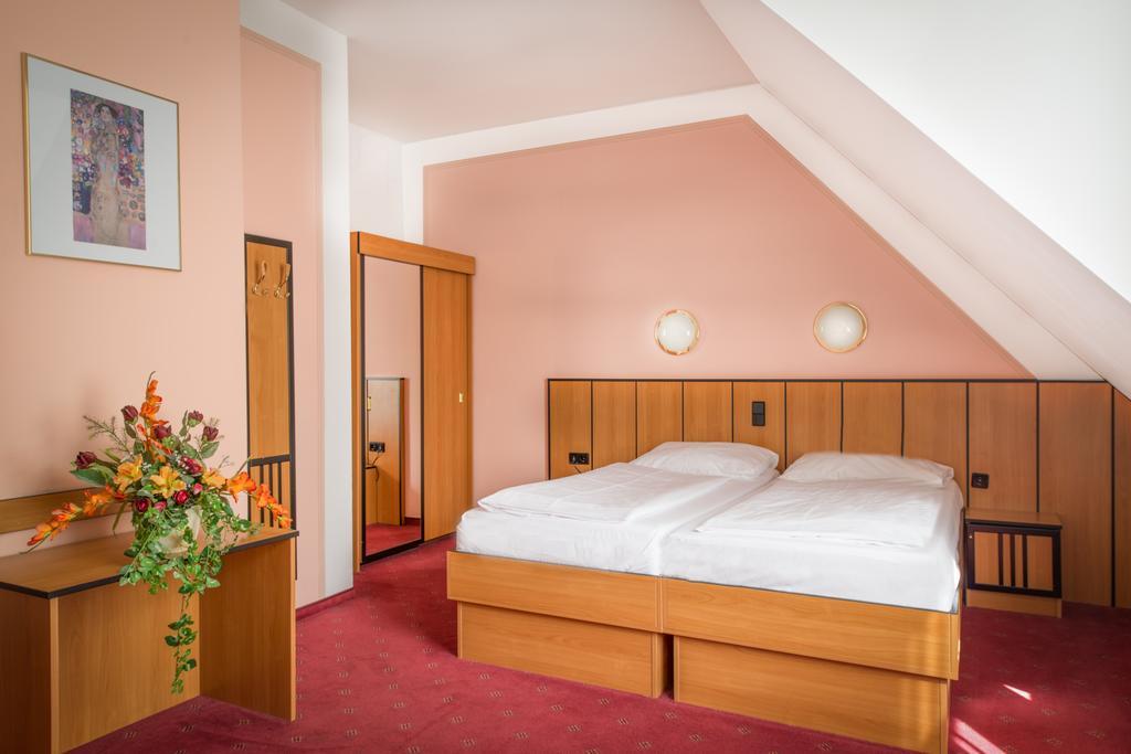 Viyana Gartenhotel Gabriel City