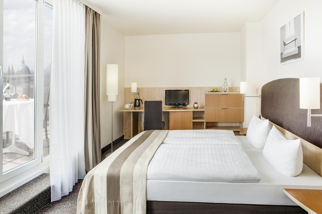 Viyana Intercity Hotel Wien
