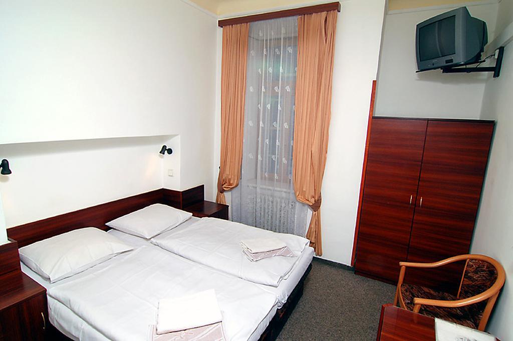 Prag Otelleri