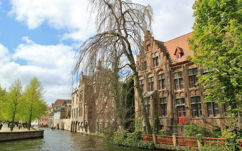 Brugge'da Nerede Kalınır