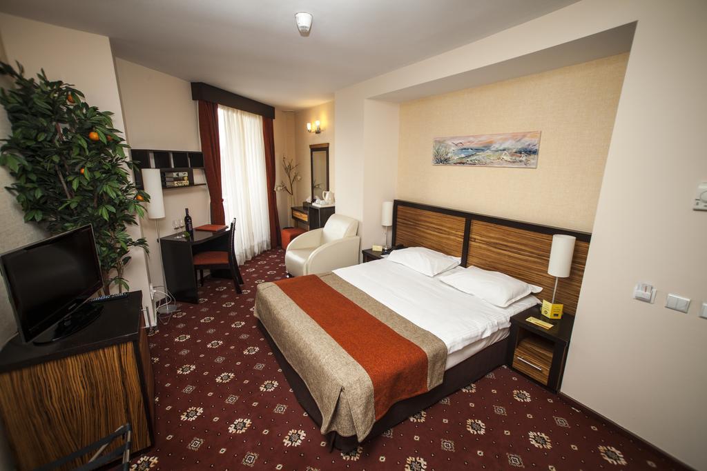 Bükreş Otel Önerileri