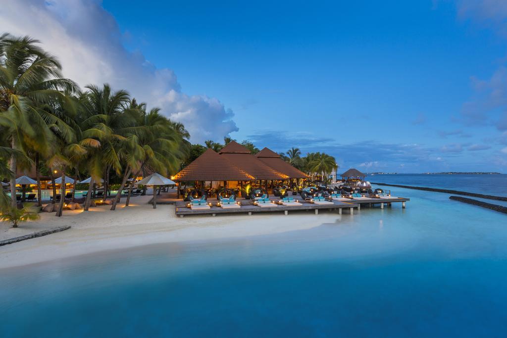 Kurumba Maldives Balayı Oteli