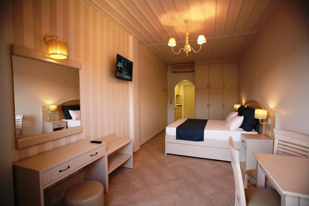 Samos Adası Mirini Hotel