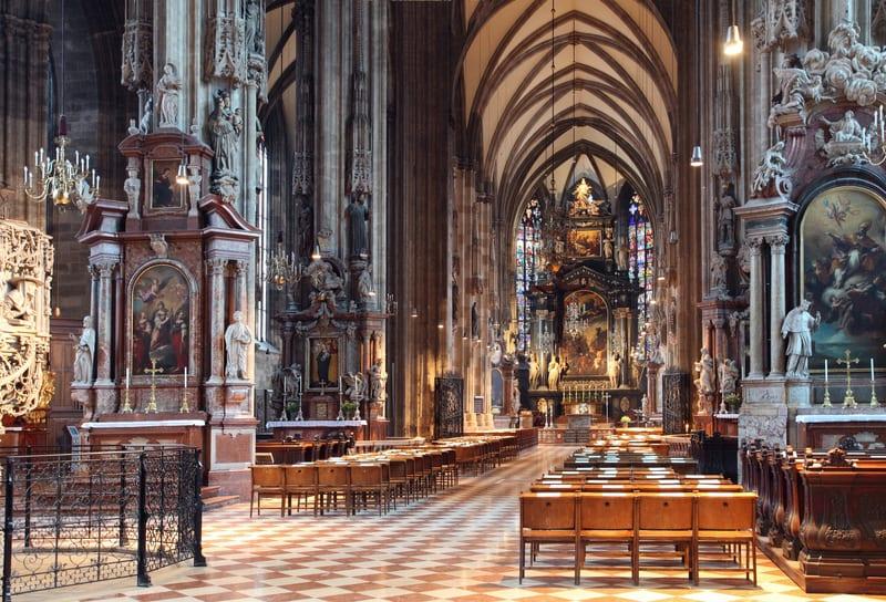 Aziz Stephan Katedrali İçi