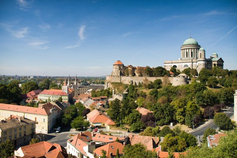 Estergon, Budapeşte'Ye Yakın Gezilecek Yerler Arasındadır.
