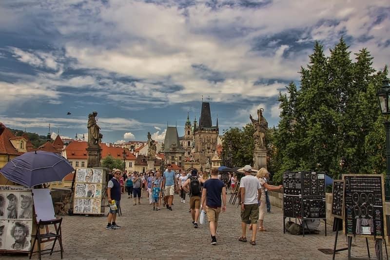 Karl Köprüsü - Prag Gezilecek Yerler