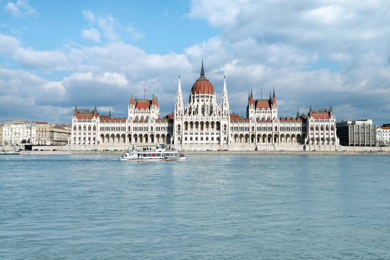 Budapeşte de Gezilecek Yerler Parlamento Binası