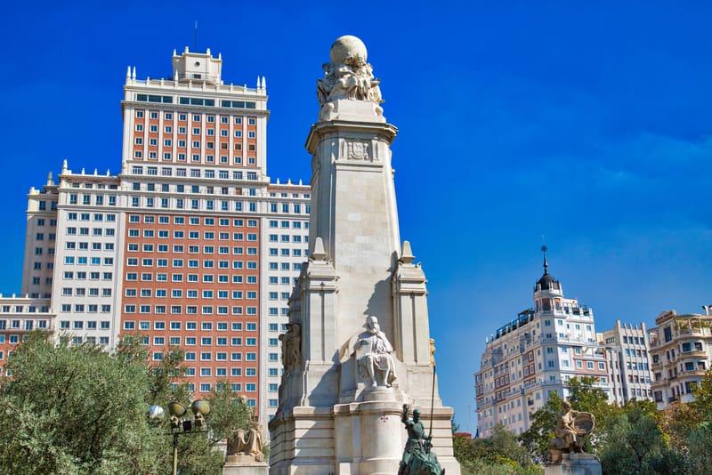 Plaza de Espana Meydanı