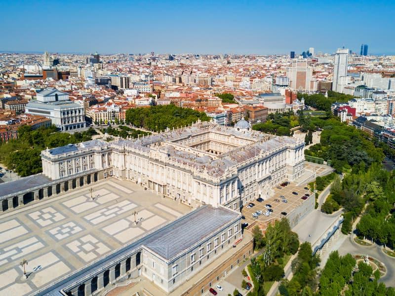 Madrid Kraliyet Sarayı