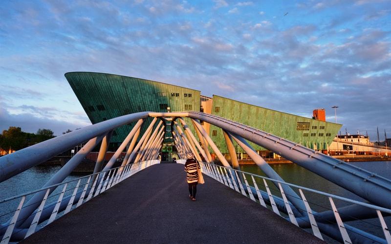 Amsterdam Bilim Müzesi (NEMO)