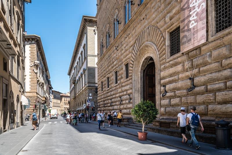 Strozzi Sarayı