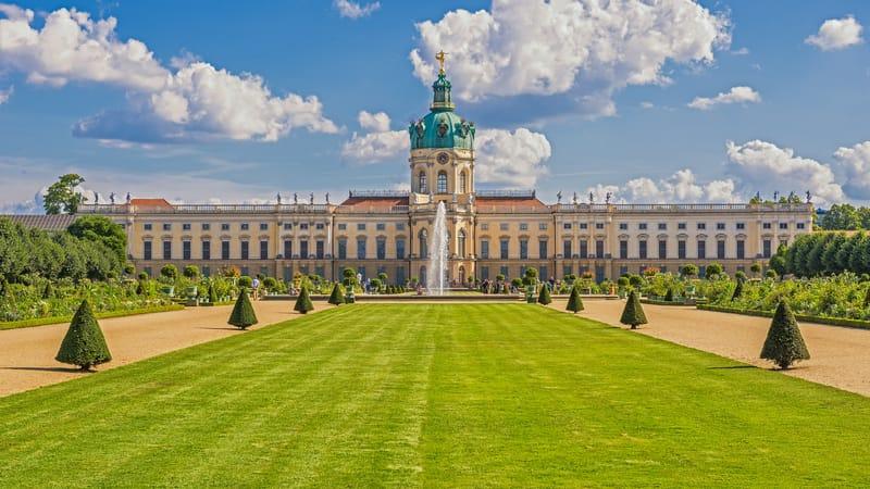 Charlottenburg Sarayı ve Bahçeleri