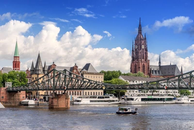 Eiserner Steg Frankfurt Gezilecek Yerler