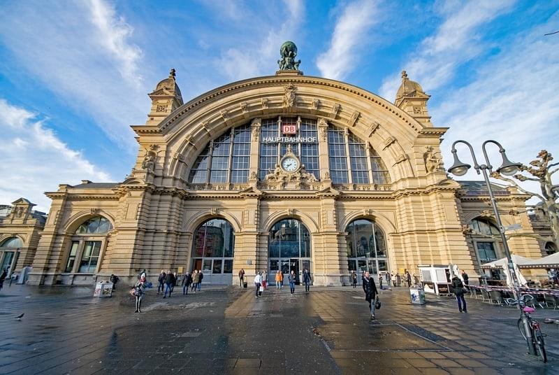 Frankfurt Gezilecek Yerler - Merkez Tren İstasyonu
