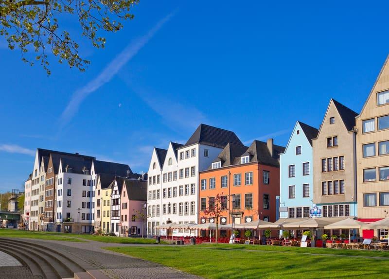 Köln de Gezilmesi Gereken Yerler