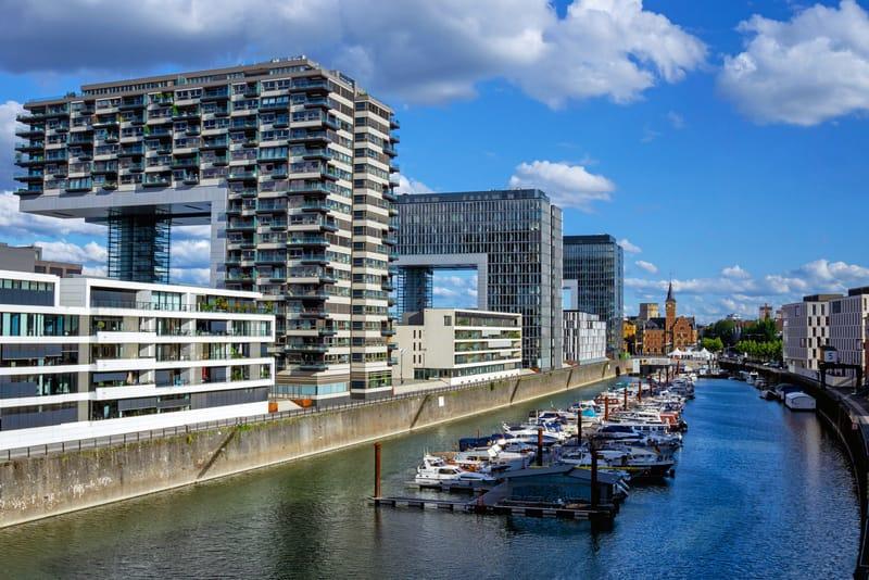 Kranhaus Binaları - Köln Gezilecek Yerler