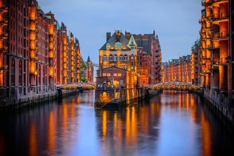 Speicherstadt Hamburg'da Görülecek En Güzel Yerlerden Biri