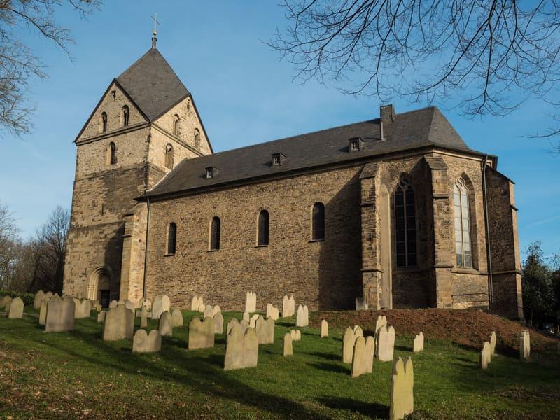 St. Peter Syburg Dortmund Gezilecek Yerler