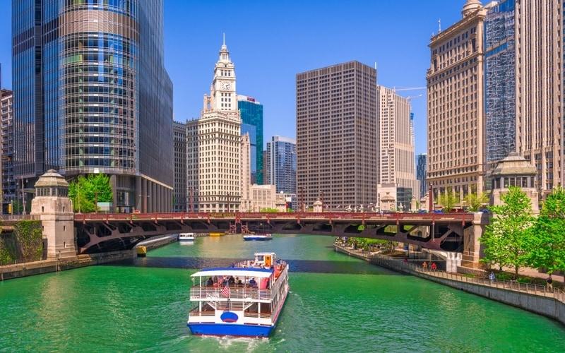 Chicago Nehir ve Göl Turları