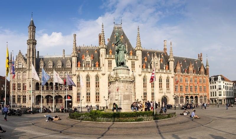 Provinciaal Hof Brugge Gezilecek Yerler Listesi