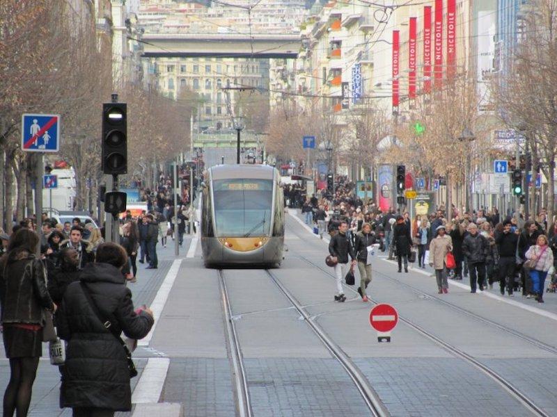 Nice Alışveriş Caddesi