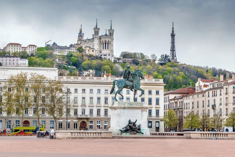 Bellecour Meydanı Lyon