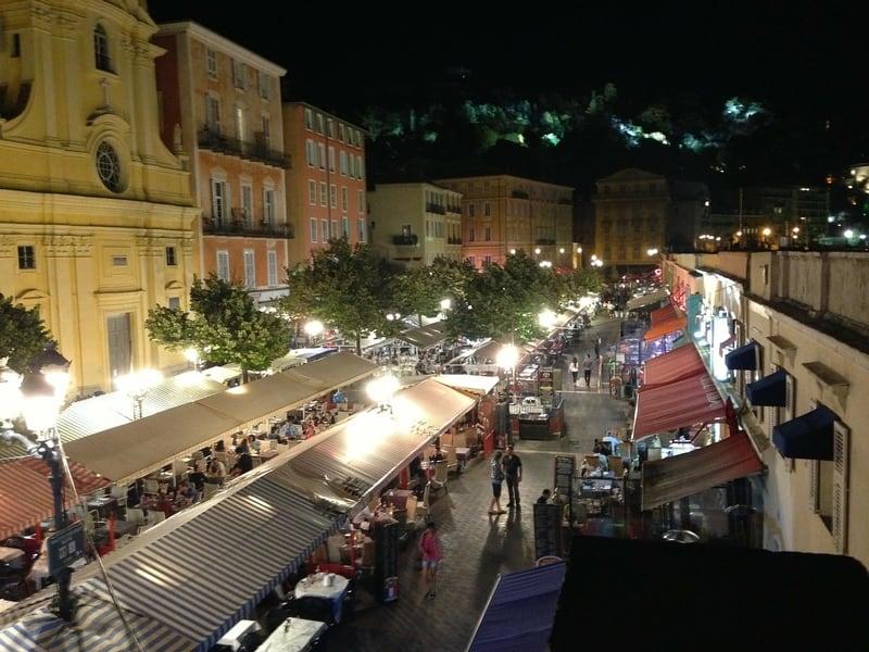 Cours Saleya Pazarı Nice de Görülecek Yerler