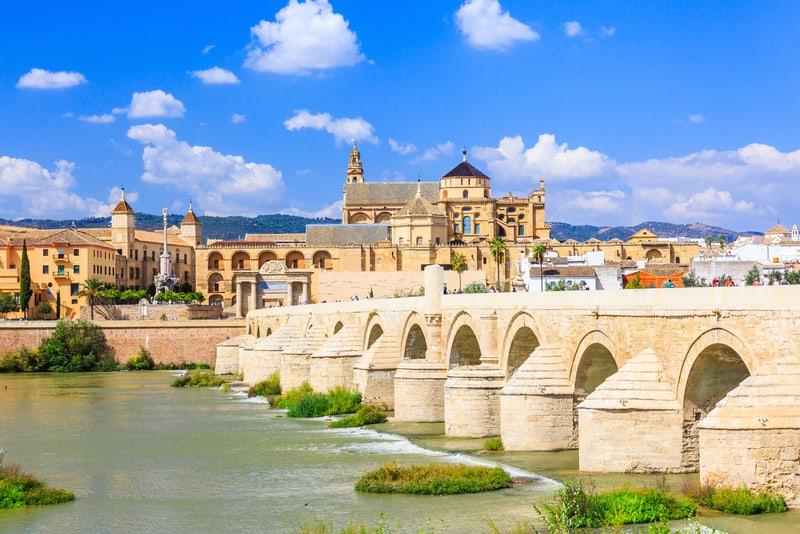 Roman Bridge Cordoba da Gezilecek Yerler