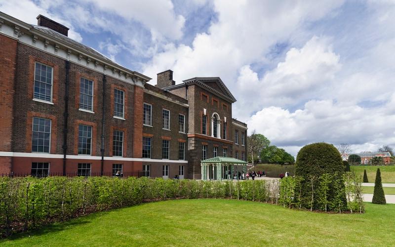 Kensington Sarayı