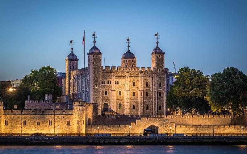 Londra Kulesi
