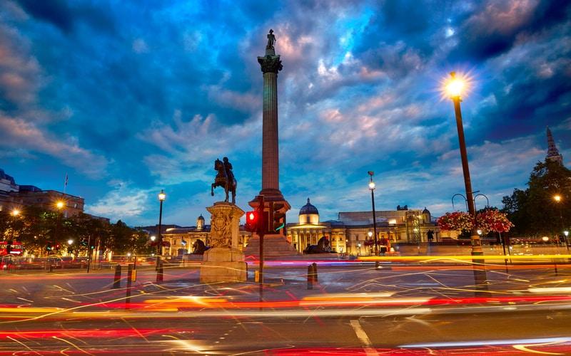 Trafalgar Meydanı - Londra'da Gezilecek Yerler Listesi