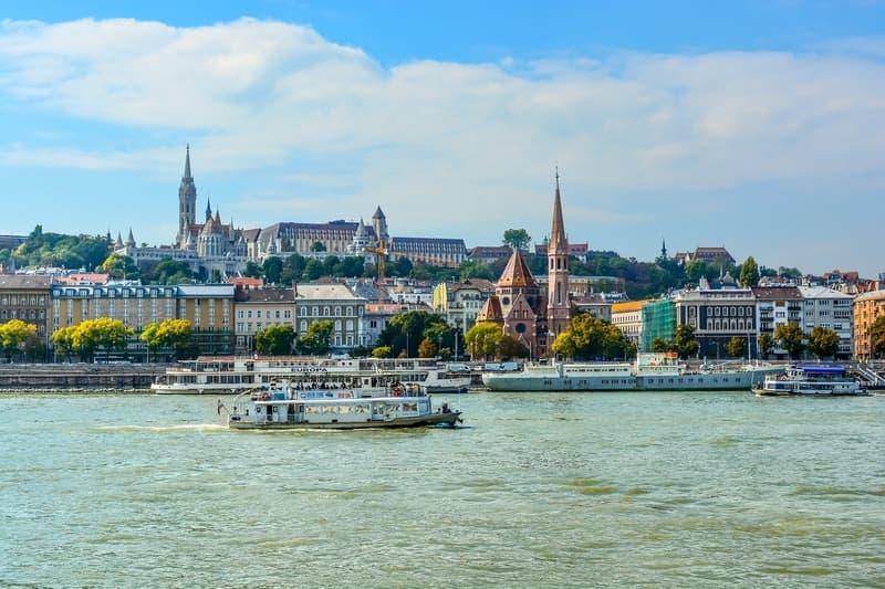 Budapeşte'de Hangi Bölgede Konaklanır
