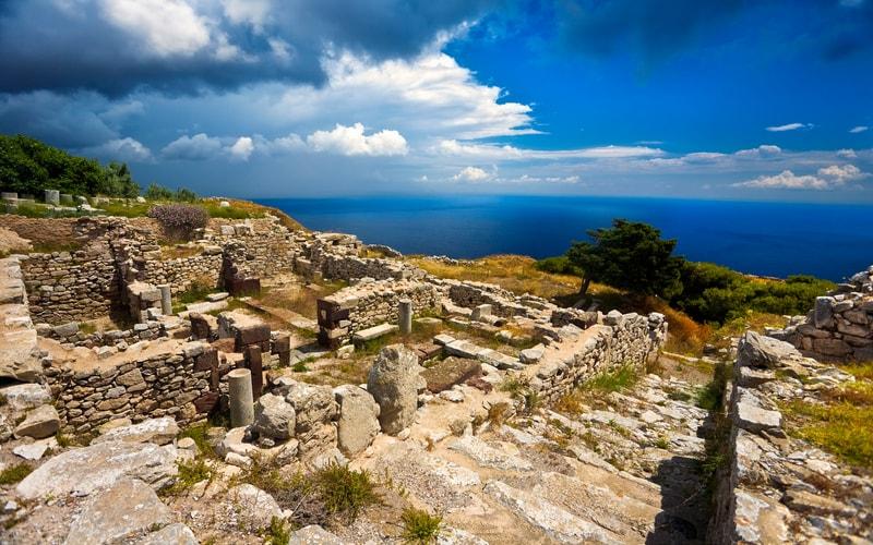 Ancient Thera - Santorini Adası Gezi Rehberi