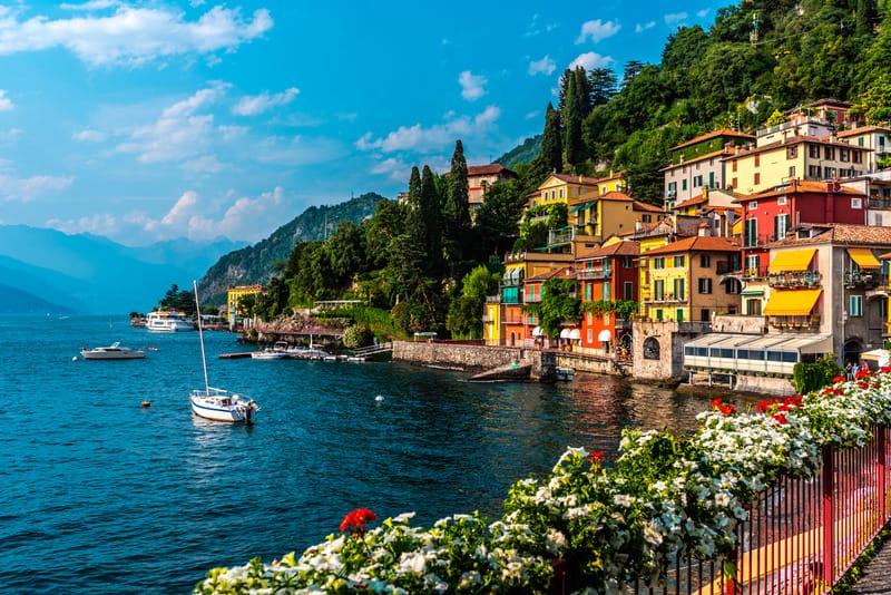 Varenna Bölgesi - Como Gölü'nde Nerede Kalınır ?