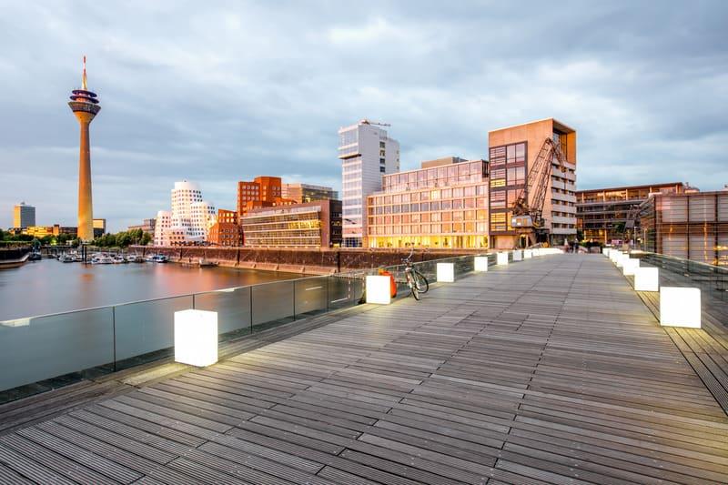 Düsseldorf Otel Fiyatları