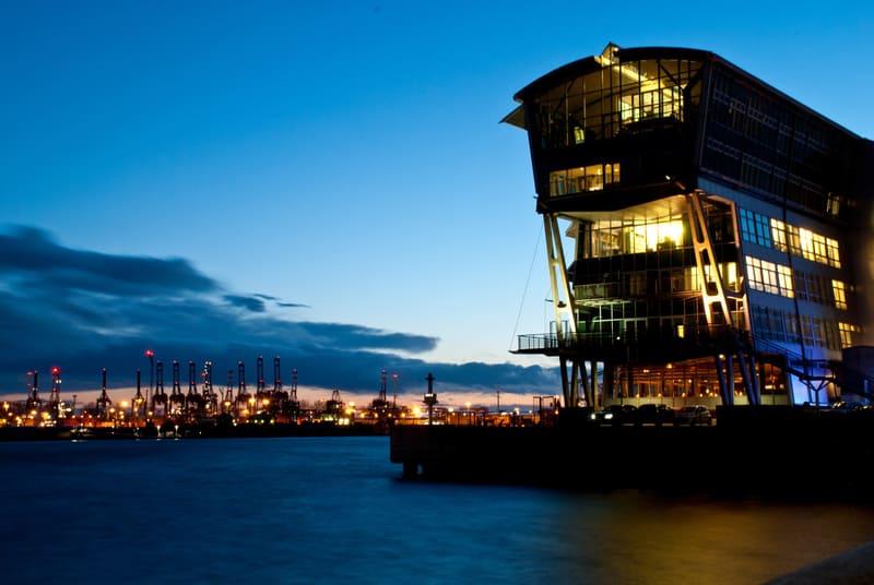 Altona Limanı Hamburg