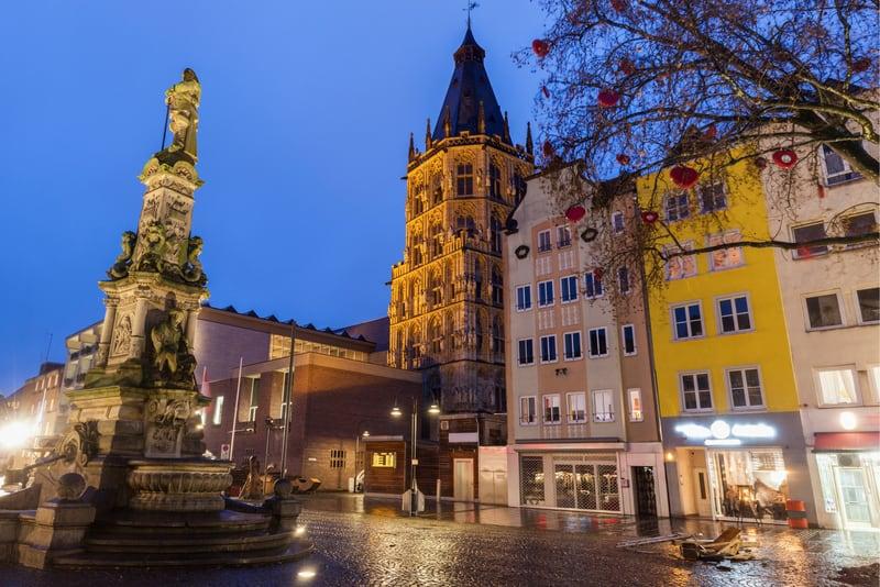 Köln'de Nerede Kalınır ?