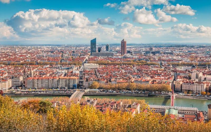 Lyon da Nerede Kalınır