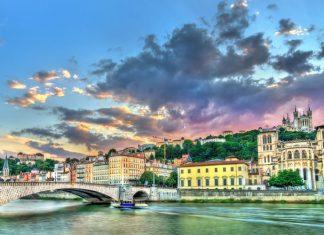 Lyon'da Nerede Kalınır ?