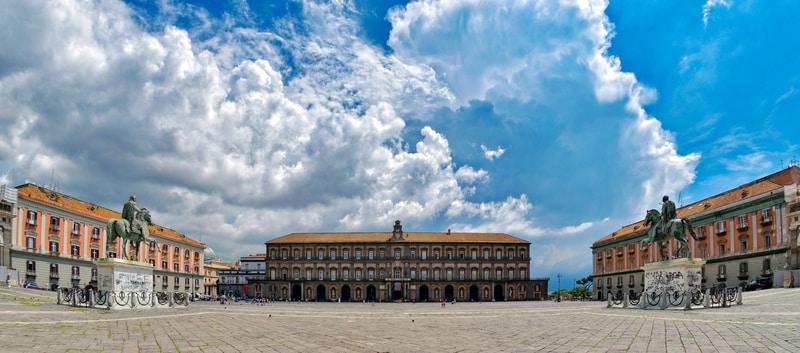 Plebiscito Meydanı Napoli