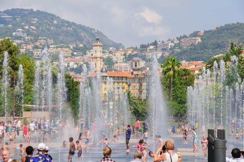 Eski Şehir Bölgesi Nice'de Nerede Kalınır ?