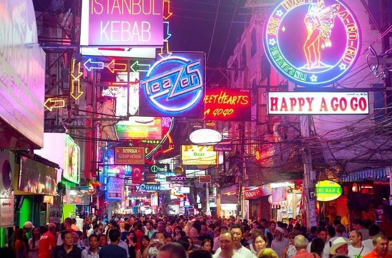 Pattaya Walking Street - Nerede Kalınır ?