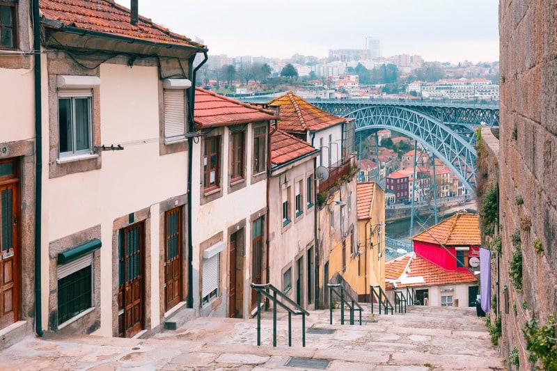 Ribeira Bölgesi  Porto'da Nerede Kalınır