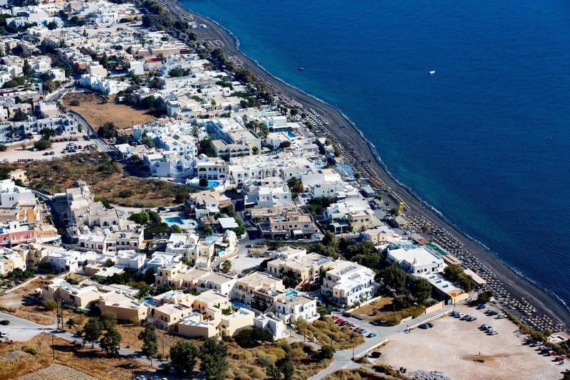 Kamari Bölgesi Santorini'de Nerede Kalınır ?