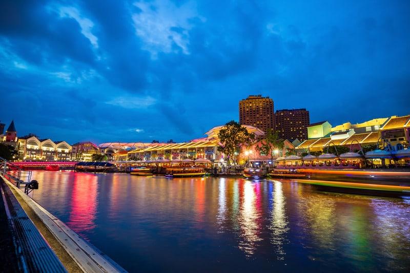 Clark Quay Singapur'da Nerede Kalınır