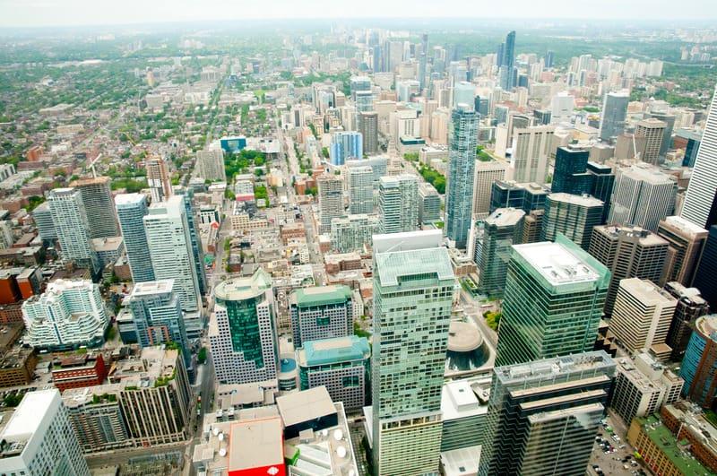 Toronto'da Nerede Kalınır ?